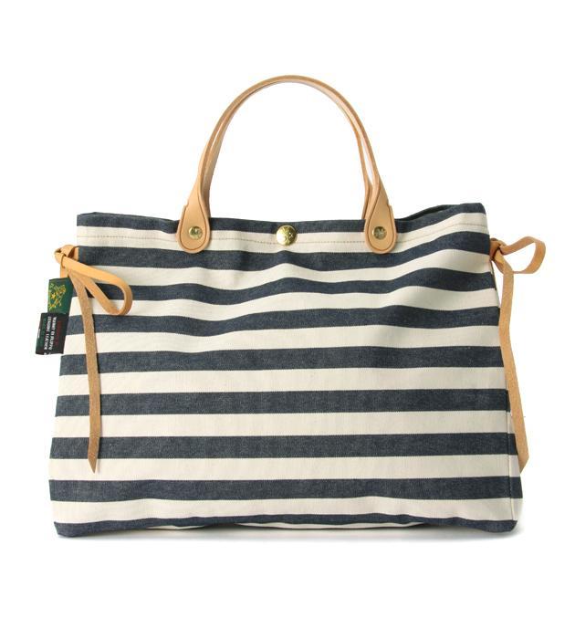 40代女性にオススメの「ILL BISONTE(イルビソンテ)」ブランドバッグ